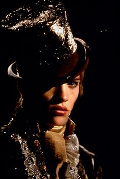 Gay Themed Films - Velvet Goldmine | Gay Essential