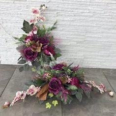 Flower Arrangement Designs, Flower Arrangements, Ikebana, Flower Decorations, Funeral, Wedding Bouquets, Floral Wreath, Planters, Wreaths