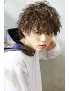 リップス 表参道店(LIPPS) セクシー×ハードパーマ【ヒロ・ミズシマ】 Asian Men Hairstyle, Asian Hair, Undercut Hairstyles, Boy Hairstyles, Men Perm, Barber Man, Messy Short Hair, Curly Hair Styles, Natural Hair Styles