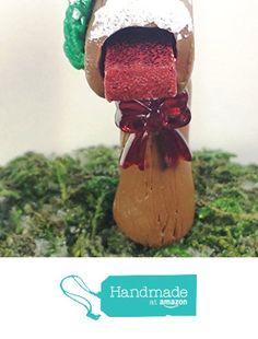 Miniature mailbox. Winter fairy mailbox with snow, wreath, red present, and ribbon. Fairy garden, dollhouse, terrarium, etc. from Puppy Love Miniature http://www.amazon.com/dp/B019KPFXPW/ref=hnd_sw_r_pi_dp_hHTDwb0GFCK1Y #handmadeatamazon