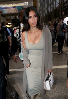 Kim Kardashian Photos - Kim Kardashian and Kanye West Hit LAX - Zimbio