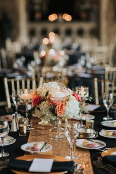 Low Floral Centerpiece & Floating Candles on Gold Sequin Runner | Photo: ENV Photography.