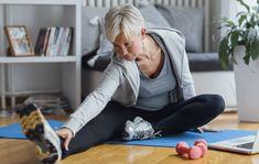 Jos lihasta ympäröivät lihaskalvot eli faskiat ovat jumissa, eivät lihaksetkaan pääse toimimaan kunnolla. Listasimme 5 venytystä kireille faskioille. Weight Loss Challenge, Weight Loss Meal Plan, Strength For Runners, Alzheimer's Prevention, Bad Knees, Back Pain Exercises, Professional Business Cards, Ways To Lose Weight, At Home Workouts