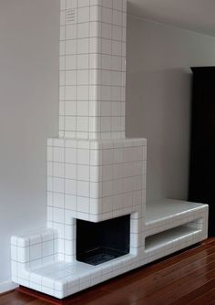 Fireplace Helder D-tile is a system which allows any space, object or surface to be fully tiled Belgian Interior Architecture, Interior And Exterior, Interior Inspiration, Design Inspiration, Daily Inspiration, Home Furniture, Furniture Design, Fireplace Design, Bathroom Interior