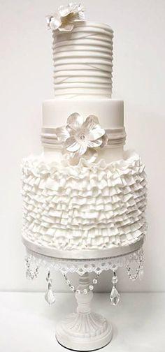 Wedding ● Cake ● Winter White