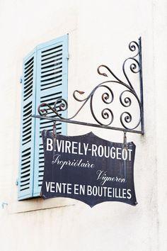 Leverois village, Burgundy. Photo: Lisa Linder