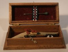Box w/One Gun by Taller Targioni - $63.00 : Swan House Miniatures, Artisan Miniatures for Dollhouses and Roomboxes