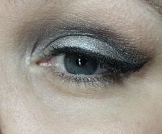 AuttyW: Silver Smokey Eye Look with Hard Candy