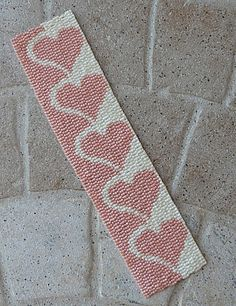 honey hearts 2 loom beaded bracelet