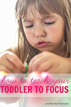 How to teach your toddler to focus : If you are a mom who struggles with a lively toddler or preschooler, or you simply want to teach your kids good focusing skills to help prepare the for school, this post is for you. Parenting Toddlers, Kids And Parenting, Parenting Hacks, Parenting Styles, Parenting Classes, Parenting Ideas, Parenting Quotes, Toddler Fun, Toddler Activities