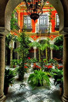 Andalucía courtyard - photo by Eric Wessman Spanish Revival, Spanish Style Homes, Boho Glam Home, Gazebos, Vision Quest, Hacienda Style, Mexican Hacienda, Courtyard House, Andalusia