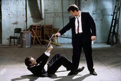 Reservoir Dogs I luurvvv Tarantino movies and he was so in form with this one. Can see the parallels with his next great film, Pulp Fiction. Steve Buscemi, Reservoir Dogs, Pulp Fiction, Sylvester Stallone, Mejores Thrillers, Films On Netflix, Quentin Tarantino Films, Bon Film, Tim Roth
