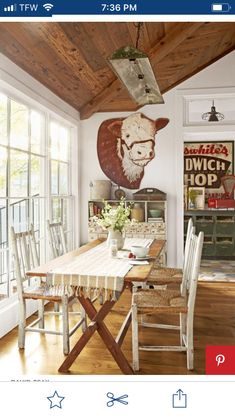Inside a Charming Texas Home Full of One-of-a-Kind Finds - Texas Decorating Ideas Vintage Farmhouse Decor, Country Farmhouse Decor, Rustic Decor, Country Living, Farmhouse Style, Industrial Farmhouse, Modern Farmhouse, Vintage Western Decor, Western Living Rooms