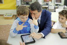 La Comunidad invierte un millón de euros en los mejores proyectos tecnológicos de los centros educativos públicos