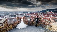 There are so many reasons to get married in Prague. One of them? The photo opps! Just look at these stunning wedding photos by Artur Jakutsevich of a wedding in Prague.