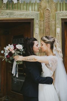 House of Ollichon loves.Miss Missouri Lesbian Wedding // Erin & Chelsea. House of Ollichon loves.Miss Missouri Lesbian Wedding // Erin & Chelsea. Lgbt Wedding, Wedding Poses, Wedding Dresses, Wedding Ideas, Wedding Pictures, Wedding Blog, Wedding Ceremony, Hair Pictures, Wedding Images