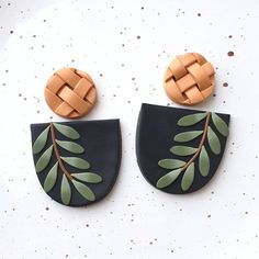 Ceramic Jewelry, Polymer Clay Jewelry, Air Dry Clay Ideas For Kids, Diy Clay Earrings, Clay Ornaments, Polymer Clay Projects, Clay Creations, Etsy, Handmade