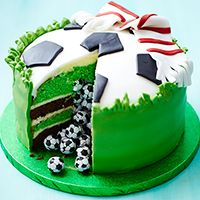 Kids birthday cake   Surprise football cake cake pinata piñata pastel de futbol mundial Brazil world cup chocobolas football soccer