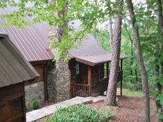 Sandpiper Mountain Retreat-secluded log cabin,private beach,lakes