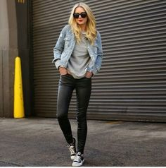 Clasic  outfit with a denim jacket
