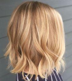 Un beau blond doré en balayage