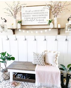 House 2, Farm House Rugs, Rustic Entryway, Entryway Ideas, Small Entryway Decor, Entryway Rug, Decoration Entree, Interior Minimalista, Decoration Inspiration