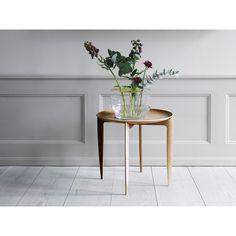 Objects Foldable tray table - Oak | Coffee & Side tables | Furniture | Shop | Skandium
