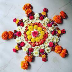 Onam Pookalam Design, Onam Festival, Outline Images, Kerala Tourism, Flower Rangoli, Puja Room, Beauty Full Girl, Rangoli Designs