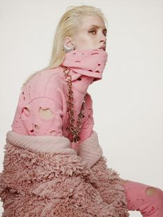 Julia Frauche by Nagi Sakai for Vogue Mexico
