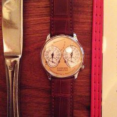 The anti-Apple watch? Chronometre A Resonance by FPJourne.