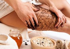 Drinking coffee does not help your cellulite problem at all, however, coffee is an effective cellulite solution if utilized as a body scrub. Rub ground coffee on the cellulite vulnerable areas for 20 minutes every day and rinse. Coconut Oil Cellulite, Lose Cellulite, Cellulite Scrub, Cellulite Remedies, Cellulite Exercises, Uses For Coffee Grounds, Coffee Benefits, Exfoliant, Coffee Scrub