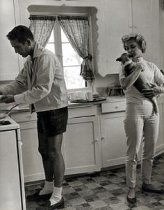 At home with Paul Newman and Joanne Woodward, 1950s.