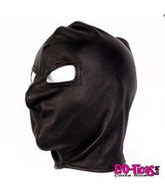 Capucha sin boca - Fetiche Referencia  SEXT74 Mascara 100% cuero de aspecto terrorífico sin apertura en la boca solo en los ojos se ajusta con un cruzado de cuerdas .