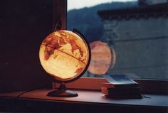 Make the world a brighter place with a light up globe lamp. #pun #backtoschool