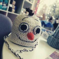 ❄️⛄❄️ #crochetmania #crochet #hat #hats #kids #yarn #yarnaddict #wool #gift #love #knit #knitlife #knittingtime #knittinginstagram #bhooked… Crochet Hats, Beanie, Wool, Knitting, How To Make, Handmade, Gifts, Instagram, Fashion