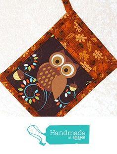 1 Pocket Pot Holder with Hanging Loop • Potholder in Retro Owls and Autumn Leaves Print from Green Acorn Kitchen http://www.amazon.com/dp/B015V1BI1W/ref=hnd_sw_r_pi_dp_qJNgwb1T767SE?utm_content=buffer04aee&utm_medium=social&utm_source=pinterest.com&utm_campaign=buffer #handmadeatamazon