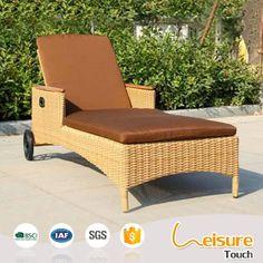 Pool outdoor furniture aluminium frame wicker/rattan sun lounger lying beach chair sunbed