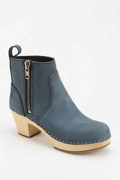 $269 Swedish Hasbeens Zip It Emy Ankle Boot - Urban Outfitters