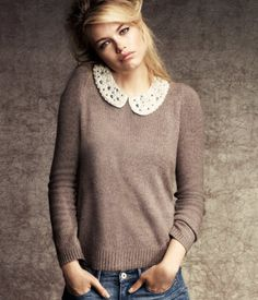 HM sweater with collar necklace Fall Sweaters, Cute Sweaters, Pullover Mode, Mein Style, Vogue, My Wardrobe, Passion For Fashion, Fashion Online, What To Wear