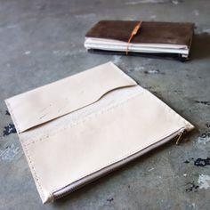 [Essential] leather zipper case / card holder