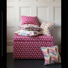 Υφάσματα Επιπλώσεων / Upholstery Fabrics