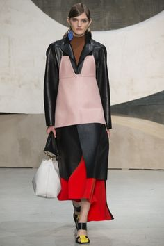 Marni Spring 2016 Ready-to-Wear Fashion Show - Marte Mei van Haaster
