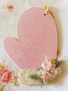 pink glitter mitten