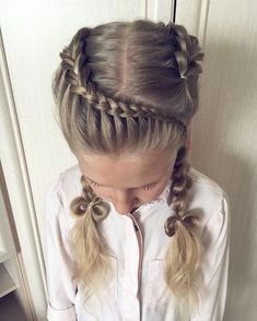 Inspiring and Easy Hairstyles for Girls to Look Cute – Hair Style Natural Hair Braids, Braids For Long Hair, Natural Hair Styles, Long Hair Styles, Baby Girl Hairstyles, Princess Hairstyles, Diy Hairstyles, Toddler Hairstyles, Summer Hairstyles