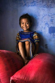 Y Bi is a 6 year old girl from Ba Na ethnic group, Kontum, Vietnam. Rehahn_photography