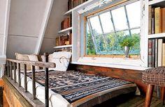 yummy book nook /sleeping loft