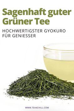 """Hochwertigster Grüner Tee ist der Gyokuro. In unserem Online-Shop finden Sie alles, was das """"Teetrinker-Herz"""" höher schlagen lässt. #teeliebhaber #teezeit #grünertee Jasmin Tee, Oolong Tee, Mate Tee, How To Dry Basil, Gourmet, How To Make Tea, Types Of Tea"""