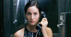 Trinity (Carrie-Anne Moss) en The Matrix (1999)