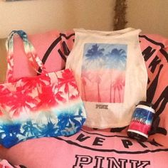 BNWT VS PINKK TROPICAL PALMS SET BNWT VS PINK beach tote- one large main compartment, 2large outside pockets magnetic closure made of canvas BNWT 24oz hot cold CHUG MUG tropical Palm print to match the bag BNWT PINK tropical Palm print to match tank/muscle top plain back PINK Victoria's Secret Other