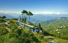 Sikkim is a most refreshing tourism destination, situated along Eastern Himalayan range. Sikkim Tourism provides visual feast to Gangtok, Pelling and so many places. Naturecamp Travels provided Best offers on Sikkim Tour Package. Scenic Train Rides, States Of India, Train Journey, Hill Station, Tourist Places, All Nature, Honeymoon Destinations, World Heritage Sites, Tourism